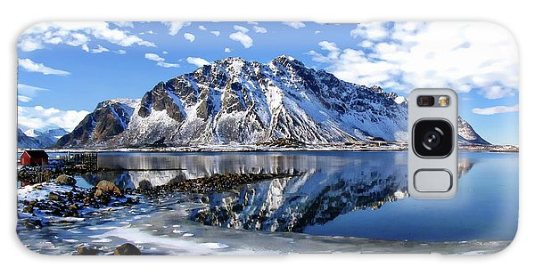 Lofoten Winter Scene Galaxy Case