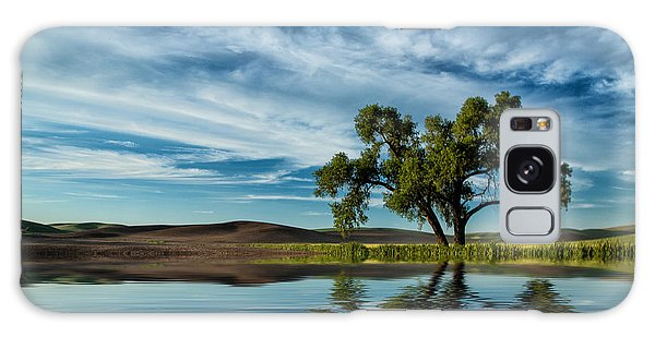 Lone Tree Pond Reflection Galaxy Case