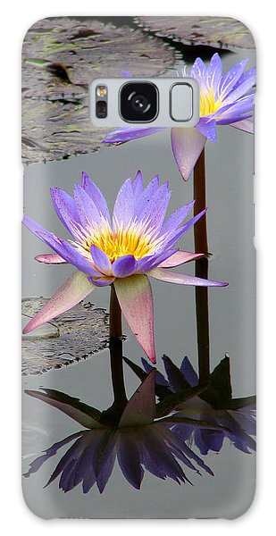 Lotus Reflection 4 Galaxy Case
