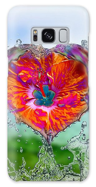 Love Makes A Splash Galaxy Case