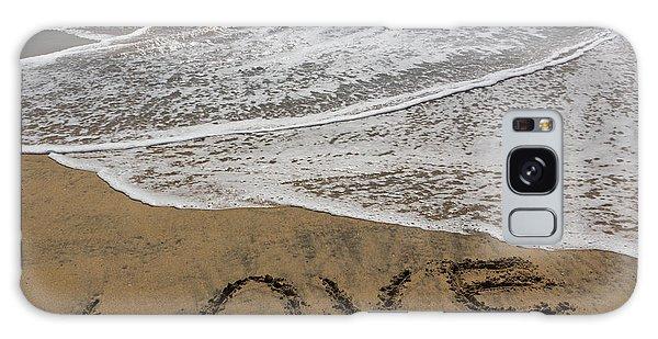 Love On The Beach Galaxy Case by Heidi Smith