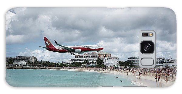 Low Landing At Sonesta Maho Beach Galaxy Case
