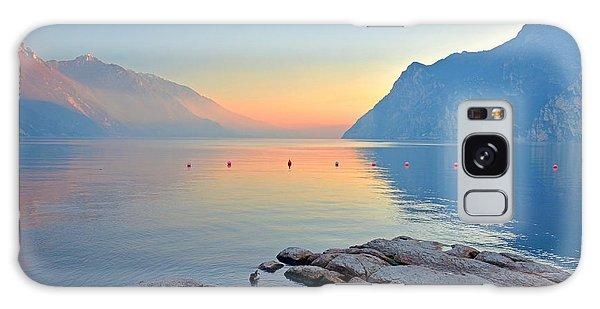 Luce Della Sera Sul Lago Di Garda  Galaxy Case