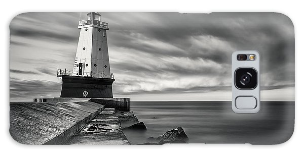 Galaxy Case featuring the photograph Ludington Light Black And White by Adam Romanowicz