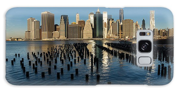 Luminous Blue Silver And Gold - Manhattan Skyline And East River Galaxy Case