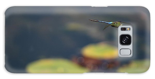 Malibu Blue Dragonfly Flying Over Lotus Pond Galaxy Case