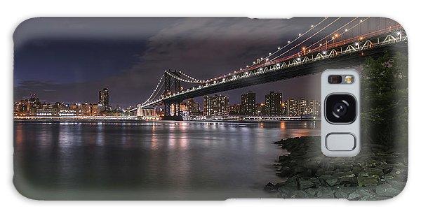 Manhattan Bridge Twinkles At Dusk Galaxy Case
