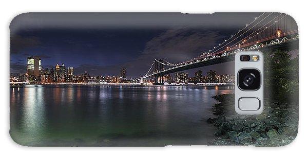 Manhattan Bridge Twinkles At Night Galaxy Case