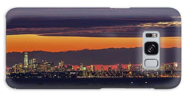 Manhattan Lights Galaxy Case