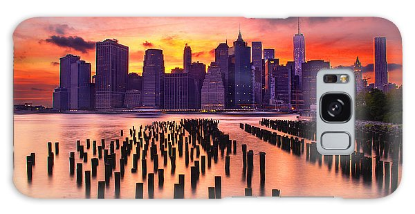 Manhattan Sunset Galaxy Case