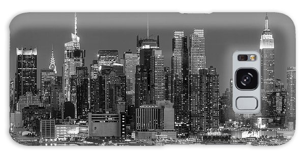 Manhattan Twilight Iv Galaxy Case by Clarence Holmes