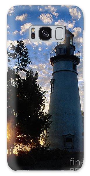 Catwalk Galaxy S8 Case - Marblehead Lighthouse Sunrise - Fs000228 by Daniel Dempster