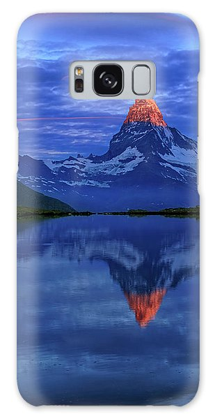Matterhorn Sunrise Galaxy Case