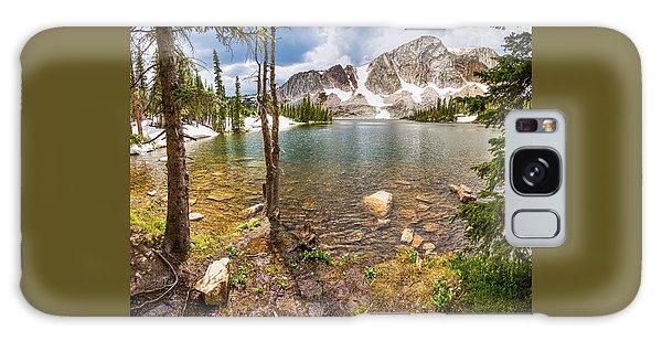 Medicine Bow Snowy Mountain Range Lake View Galaxy Case