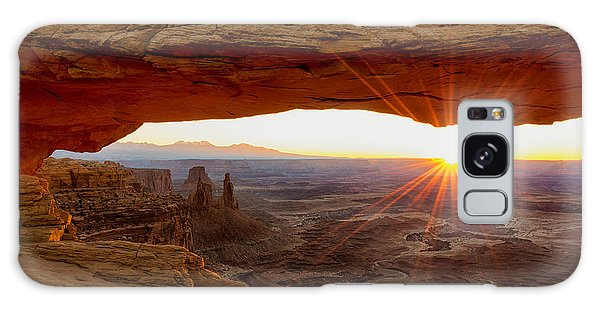 Mesa Arch Sunrise - Canyonlands National Park - Moab Utah Galaxy Case