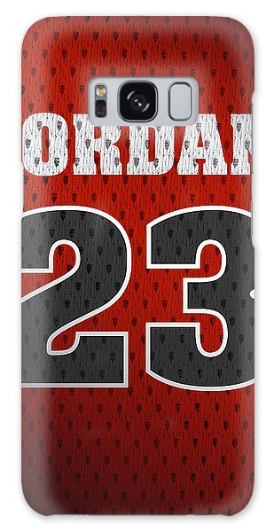 Michael Jordan Chicago Bulls Retro Vintage Jersey Closeup Graphic Design Galaxy Case