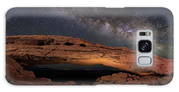 Islands In The Sky Galaxy Case - Milky Way Above Mesa Arch. by Johnny Adolphson