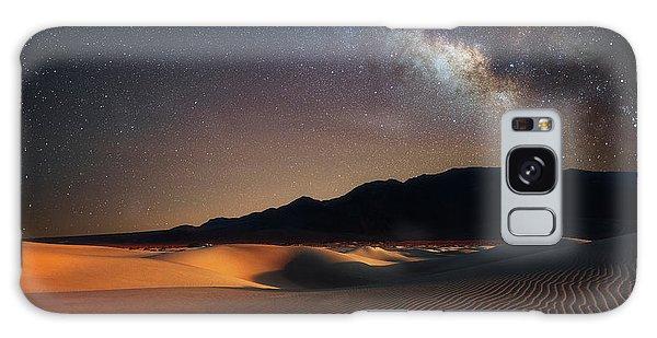 Milky Way Over Mesquite Dunes Galaxy Case by Darren White
