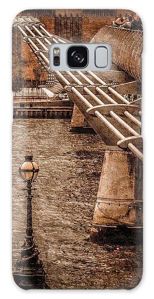London, England - Millennium Bridge Galaxy Case