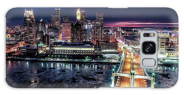 University Of Minnesota Galaxy S8 Case - Minneapolis Skyline From The Mississippi River by Gian Lorenzo Ferretti