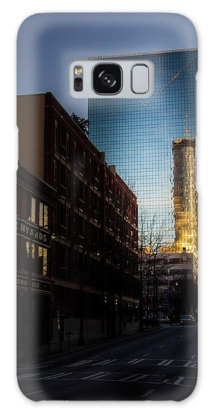 Mirror Reflection Of Peachtree Plaza Galaxy Case