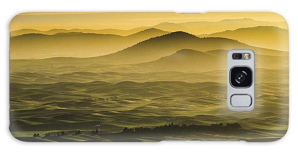 Misty Morning At Palouse. Galaxy Case