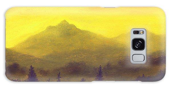 Misty Mountain Gold 01 Galaxy Case