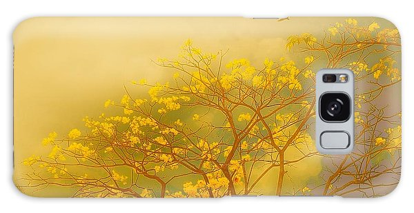 Misty Yellow Hue -poui Galaxy Case