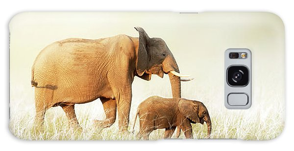 Mom And Baby Elephant Walking Through Tall Grass Galaxy Case