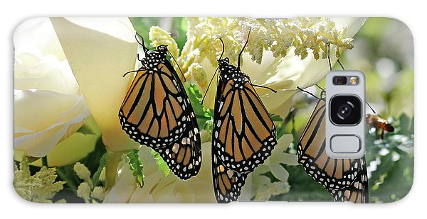 Monarch Butterfly Garden  Galaxy Case