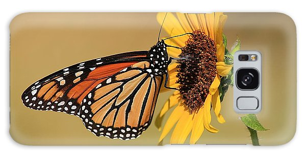 Monarch Butterfly On Sun Flower Galaxy Case