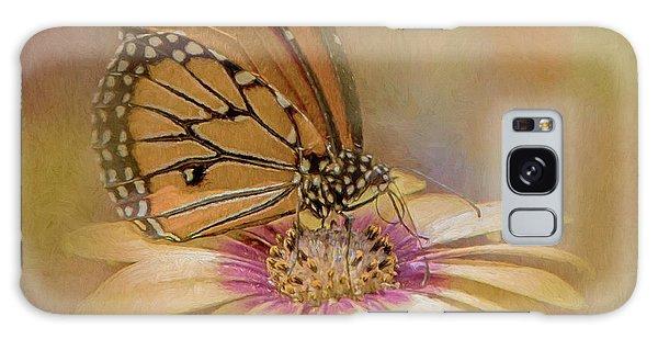 Monarch On A Daisy Mum Galaxy Case