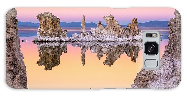 Mono Lake Through A Tufa Frame Galaxy Case