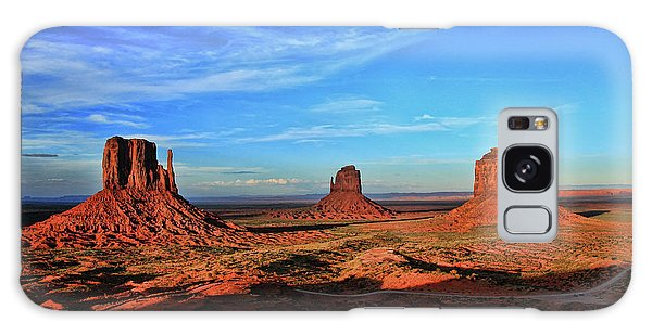 Southwest Usa Galaxy Case - Monument Valley 20 - West Mitten , East Mitten, And Merrick Butte Sunset by Allen Beatty