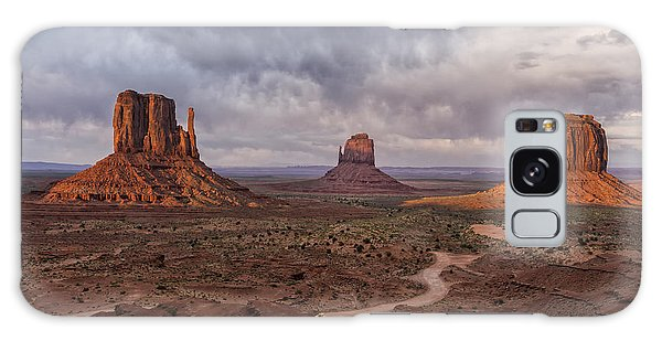 Monument Valley Mittens Az Dsc03662 Galaxy Case by Greg Kluempers