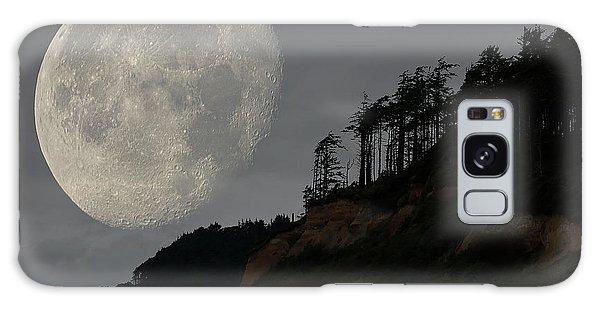 Moon At Roosevelt Beach Wa Galaxy Case