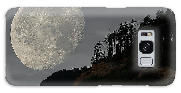Moon At Roosevelt Beach Wa Galaxy Case