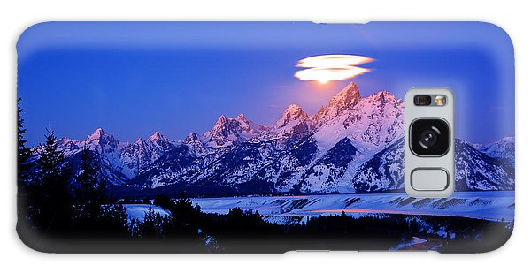 Moon Sets At The Snake River Overlook In The Tetons Galaxy Case by Raymond Salani III