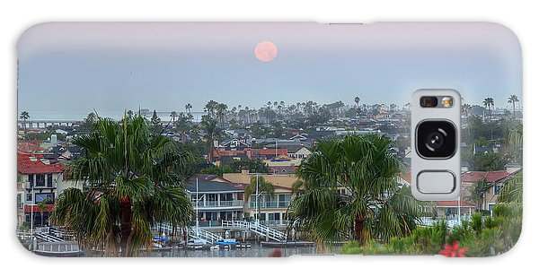 Full Moon Setting In Corona Del Mar Galaxy Case by Eddie Yerkish