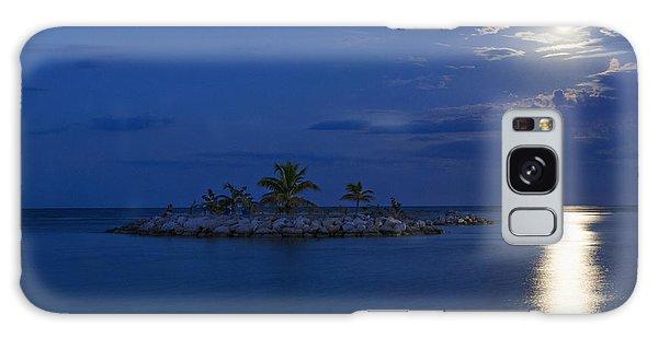 Moonlight Island Galaxy Case