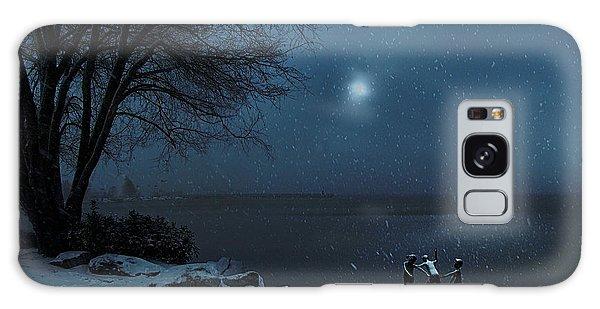 Moonlight Romp Galaxy Case