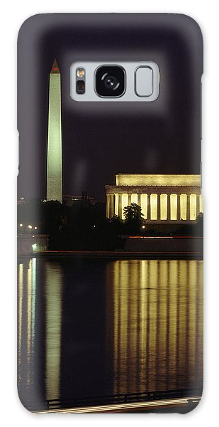 Moonrise Over The Lincoln Memorial Galaxy Case