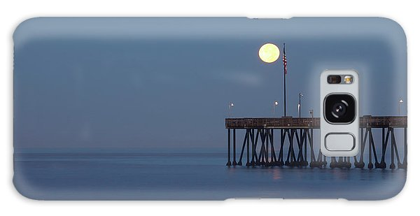 Moonset At The Ventura Pier Galaxy Case