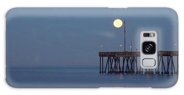 Moonset At The Ventura Pier Galaxy Case by John A Rodriguez