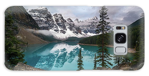 Moraine Lake In The Canadaian Rockies Galaxy Case