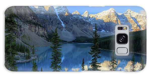 Moraine Lake Sunrise Blue Skies Galaxy Case