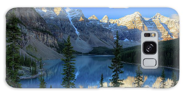 Moraine Lake Sunrise Blue Skies Galaxy Case