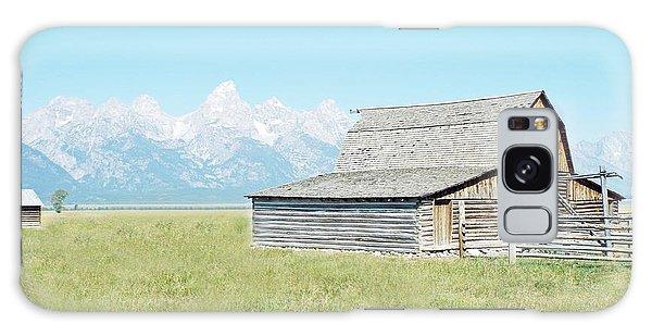 Mormon Row Barn - Grand Tetons Galaxy Case