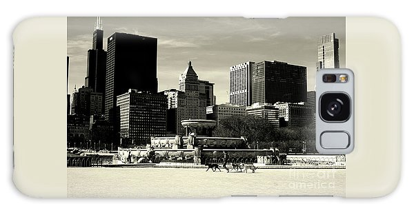 Morning Dog Walk - City Of Chicago Galaxy Case