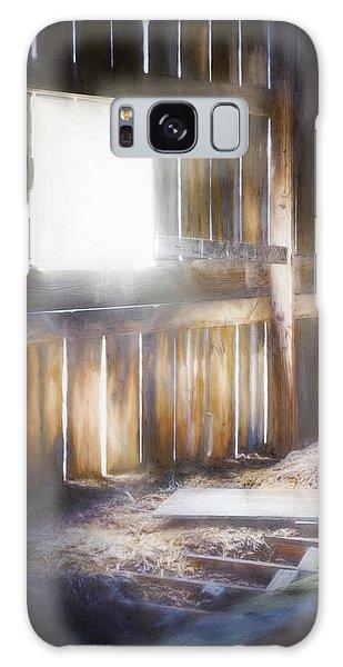 Bright Sun Galaxy Case - Morning Sun In The Barn by Scott Norris